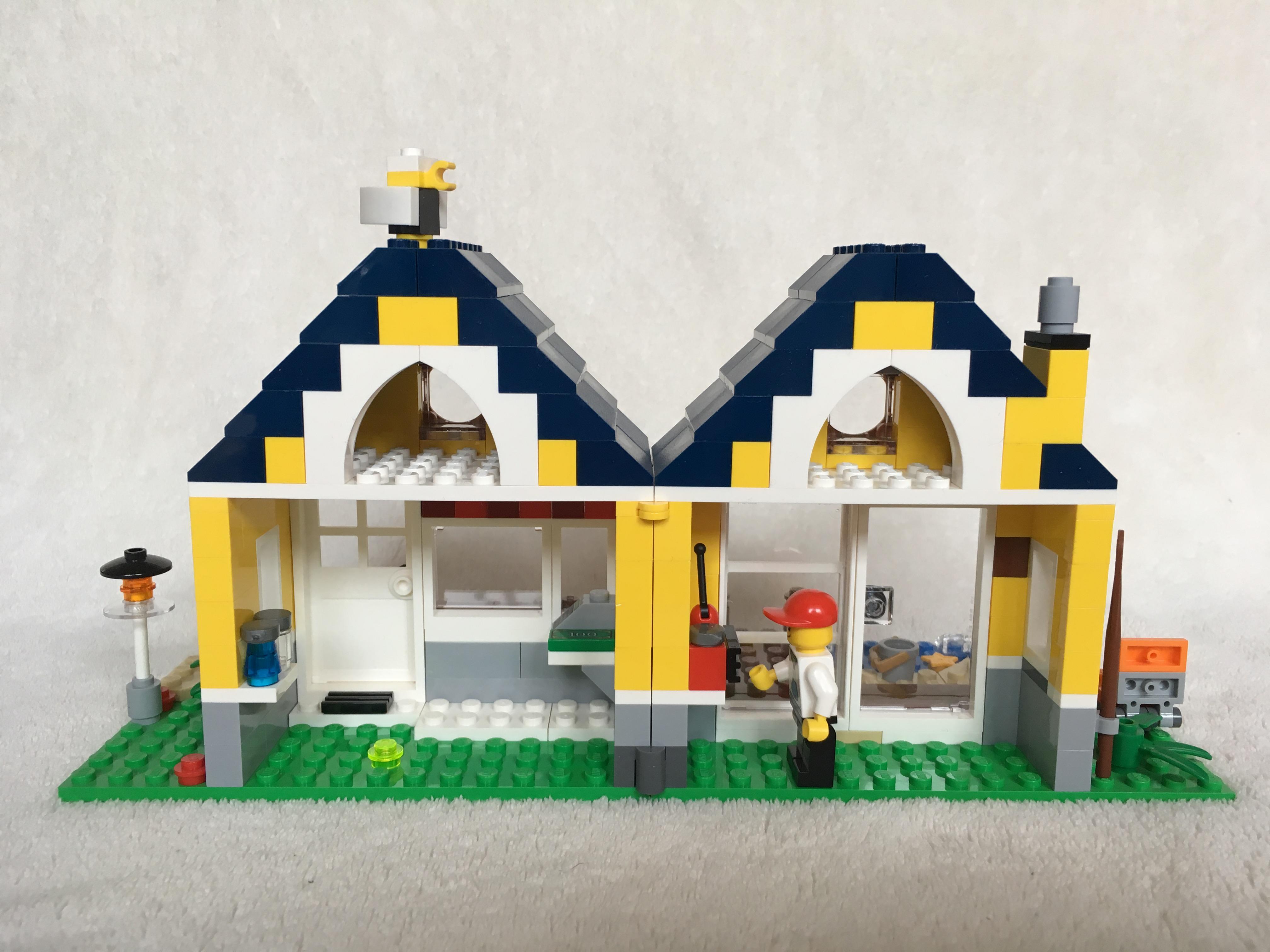Lego 31035 – Beach Hut – Brick Geek